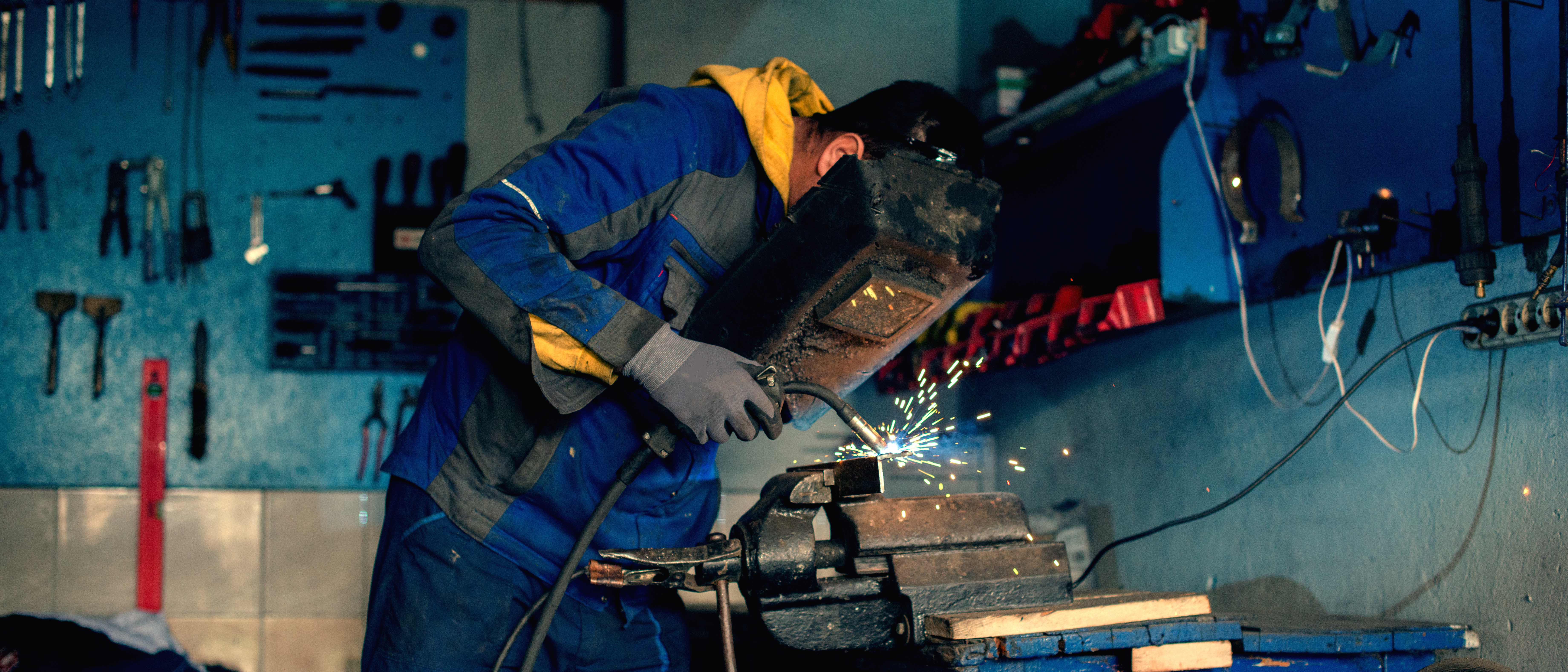 12edaab5c131f Reviews of the Best Welding Supplies Online  Buyer s Guide 2018 - Trades  For Careers